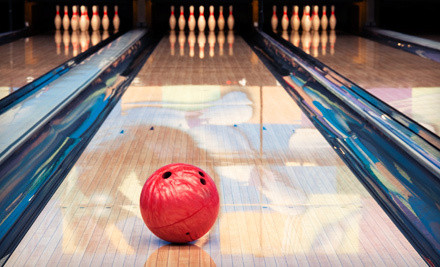 great date deals bowling with rental shoes, popcorn, and drinks at Paulding Bowling Center